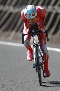 伊王島TT 筋肉スーツ